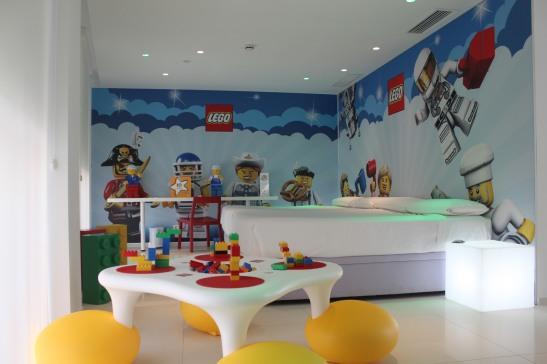 hotel juguete1